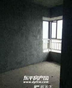 东平县城防疫站昂立郡邸三室毛坯房出售  仅32万包过户