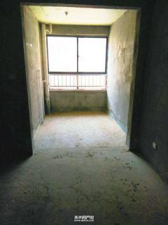 東平 弘盛新城國際明湖中學附近 三室 出售