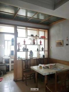 东平县城实验中学附近食品公司家属院3楼出租