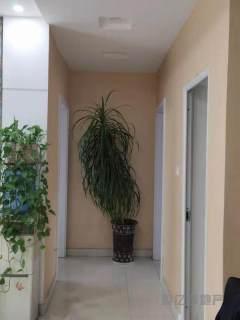 東平縣明湖中學對面杭州花園 兩室兩廳 證滿兩年過戶費用低