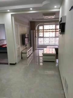 东平县出售二实小  实验中学附近 精装两室  需全款