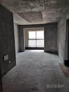 東平縣體育館附近 電梯黃金樓層 三室兩廳兩衛送儲藏室 包過戶