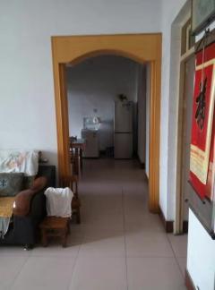 東平縣紙廠家屬院3室2廳1衛120m2簡單裝修