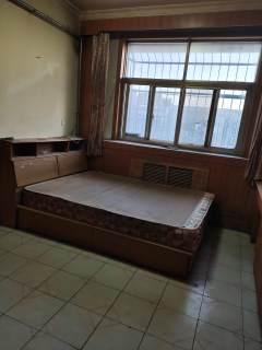 東平縣高級中學學區房三室兩廳一衛帶儲藏室精裝修證滿五低稅房