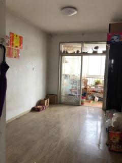 東平縣明湖中學學區房三室兩廳一衛帶車庫證滿五低稅房
