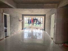 东平县弘盛新城国际3室2厅2卫130m²送车库急售75万