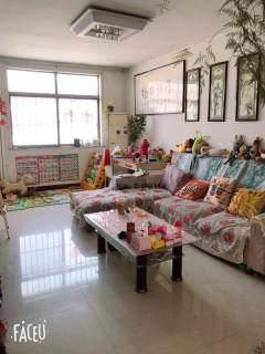 東平縣實驗中學清華苑3室2廳1衛102m2簡單裝修