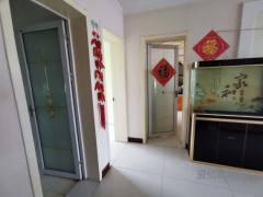 东平县实验中学附近 黄金四楼 精装两室两厅 家具家电齐全