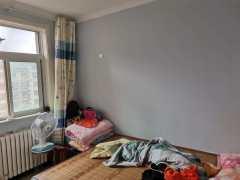 东平县清河实验学校附近精装四室有证能分期过户带储藏室集体供暖