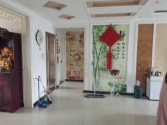 东平县佛山中学附近精装三室两厅,证满两年带储藏室集体供暖