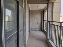 河畔豪庭 电梯高层 三室两厅两卫 南北通透毛坯现房可分期
