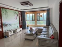 东平县体育馆附近 精装三室两厅 全新家具家电 拎包入住
