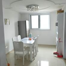 东平县河畔豪庭3室2厅2卫122m²精装修