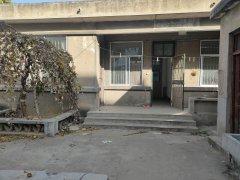 东平县移民局家属院3室1厅1卫