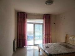 东平县世尊华府3室2厅2卫112m²