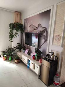东平县盛世花千树3室精装证满两年带车库集体供暖