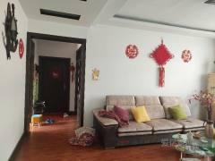 东平县明湖中学附近,步梯黄金二楼3室2厅2卫150平送车库