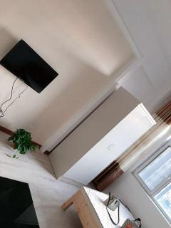 东平县名门公馆1室1厅1卫40m²精装修