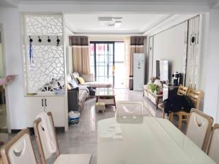 东平县清河畔景 精装大三室 80万可分期 送车位 储藏室