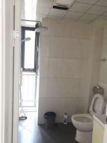 东平县正大城市花园3室2厅2卫137m²精装修