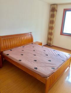 东平县正大城市花园3室2厅2卫120m²中档装修
