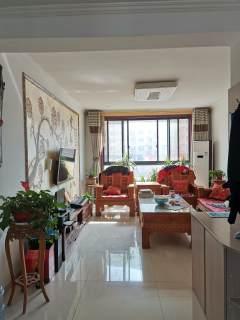 东平县盛世城市广场3室2厅2卫111m²精装修