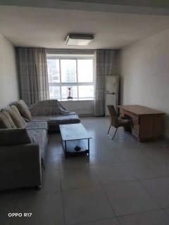东平县明湖中学附近三室两厅两卫东西齐全拎包入住