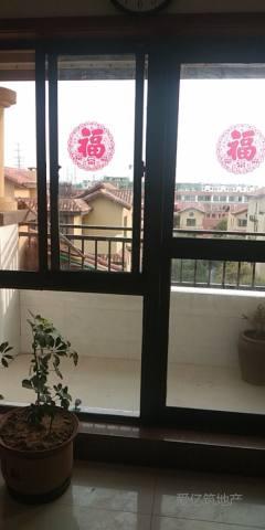 东平县佛山小学附近花千树小区三室两厅一卫简单家具家具出租