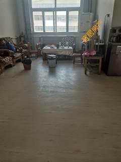东平县派出所家属院3室2厅1卫80m²中档装修