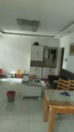 东平县宝地城市广场2室2厅1卫 精装修家具家电齐全