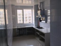 东平县东岳广场3室2厅2卫1250元/月120m²中档装修出租