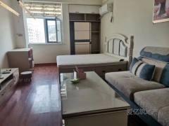 东平县一实小名门公馆公寓楼 电梯14楼家具家电齐全 拎包入住
