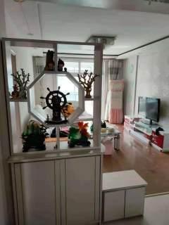 东平县一实小附近 新东岳B区 中装三室两厅 简单家具家电 可拎包入住