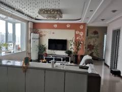 东平县府第东郡西区带精装车库3室2厅1卫88万105.6m²精装修出售