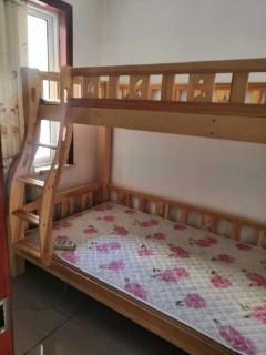 东平县龙山中学附近东山水岸3室2厅1卫 家具家电齐全