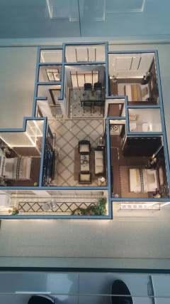 东平县正大城市景苑3室2厅2卫130m² 带储藏室走一手手续