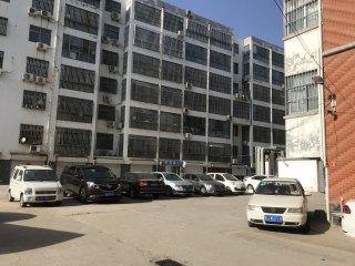 东平东晟小区3室2厅1卫年租14000元110m²中档装修出租