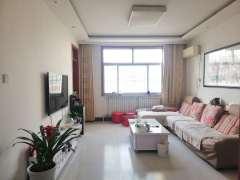 东平县一实小旁东晟小区3室2厅1卫60万109m²简单装修出售送阁楼可住人有储藏室证满五年