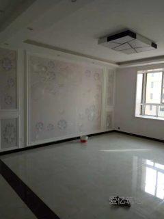 东平佛山小学弘盛新城国际3室2厅2卫118m²好楼层精装为住