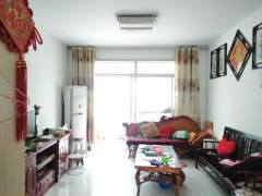 东平明湖中学附近杭州花园3室2厅1卫,证满五唯一,有储藏室