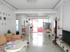 东平县丽水嘉苑3室2厅1卫81万134.69m²中档装修出售.送30储藏室.看房联系