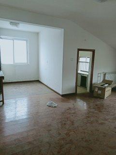 东平县佛山小学附近港基山水茗筑2室2厅1卫600元/月80m²出租