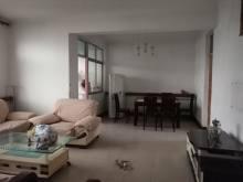 东平县实验小学中学附近 银山小区5室2厅1卫简单装修 可以分期