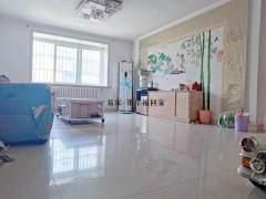 东平县中顺花园3室2厅1卫71万120m²简单装修出售,首付十多万.看房联系