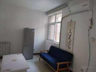 东平县佛山小学附近 步梯二楼 两室两厅 家具家电齐全 拎包入住