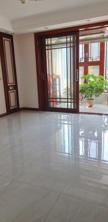 东平县清河畔景彩虹苑4室2厅2卫115万137m²出售