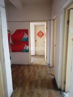 东平县杭州花园3室2厅2卫83万127m²出售,送大储藏室,证满5