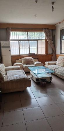 东平县东城区工商局家属院3室1厅1卫66万91.25m²出售