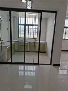 东平县城中心金信花园3室2厅2卫72万126.46m²出售