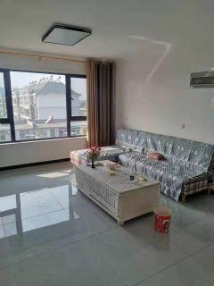 东平县东城区东郡华庭3室2厅1卫916元/月98m²精装修出租